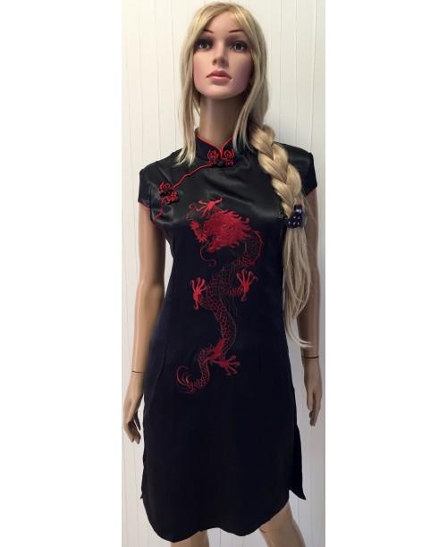 Платье в китайском стиле с драконом